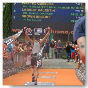 After a difficult winter in Canada Brooke had a lower confidence. But a 6weeks no- nonsense approach suited her. She won in a new race and personal besttime!
