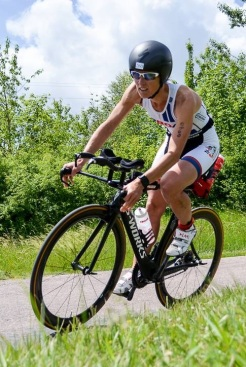 Inge outstanding in Damme 70.3