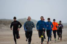The strides on the beach felt slightly different than doing this on the road. Using the lower legmuscles more active!